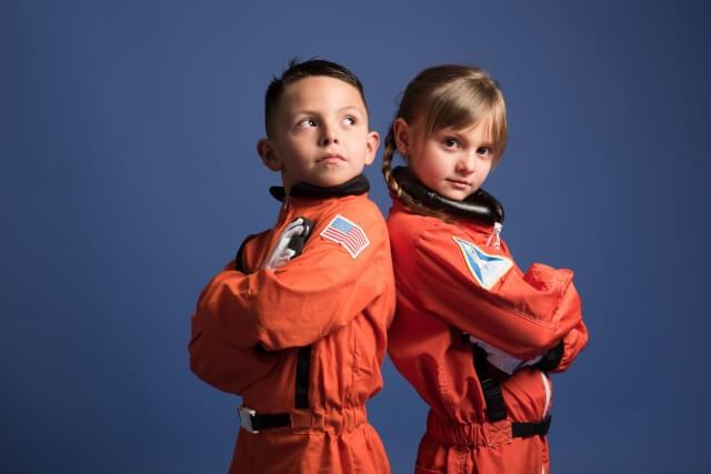 宇宙飛行士を夢見る子供
