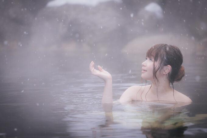 雪景色の温泉